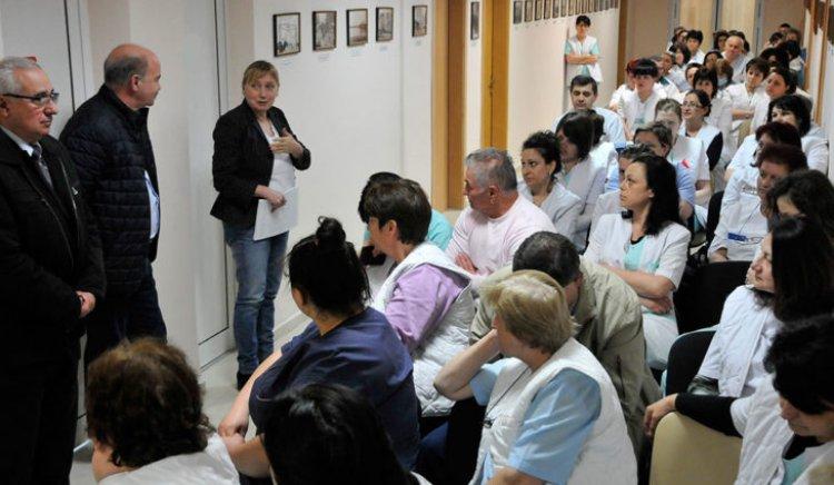 Елена Йончева пред лекари в Свиленград: В българското здравеопазване се извършиха престъпления
