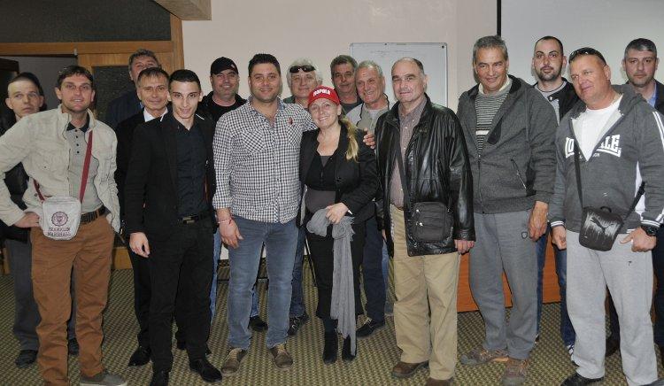 Елена Йончева подкрепи ловците и рибарите, те се жалват от бракониери