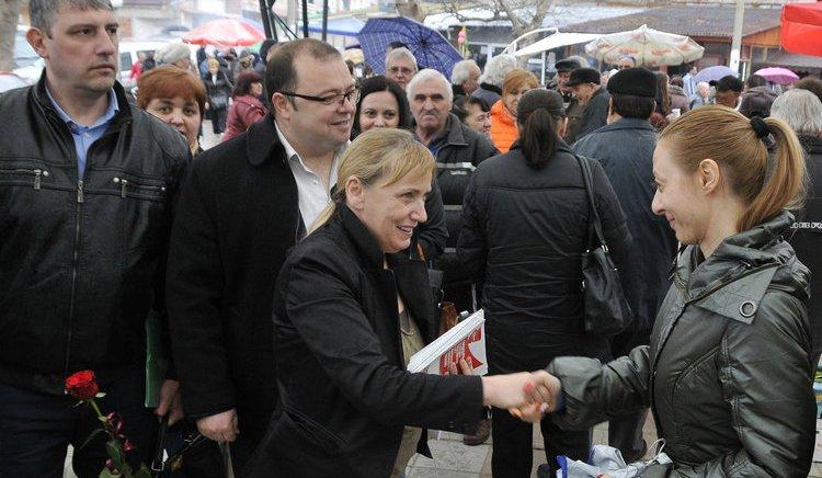 Елена Йончева: Това е битка за България, а не за нов парламент